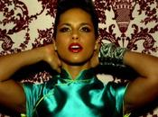 "Alicia Keys sublime dans clip ""Girl Fire"""