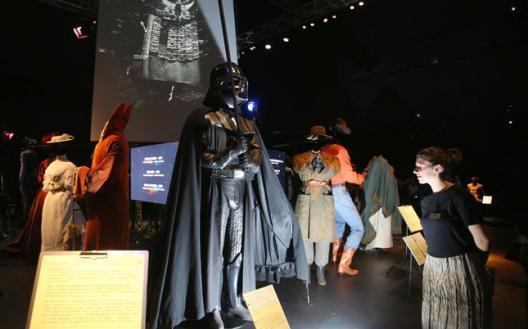 Exposition : Hollywood Costume