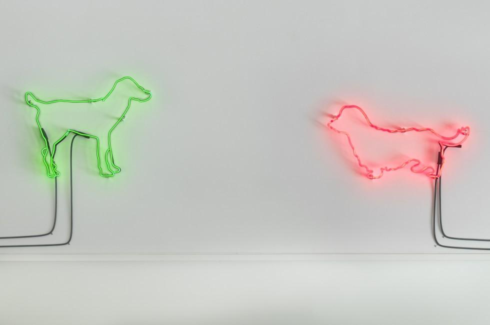 Des chiens à la FIAC (Foire Internationale d'art contemporain) ?