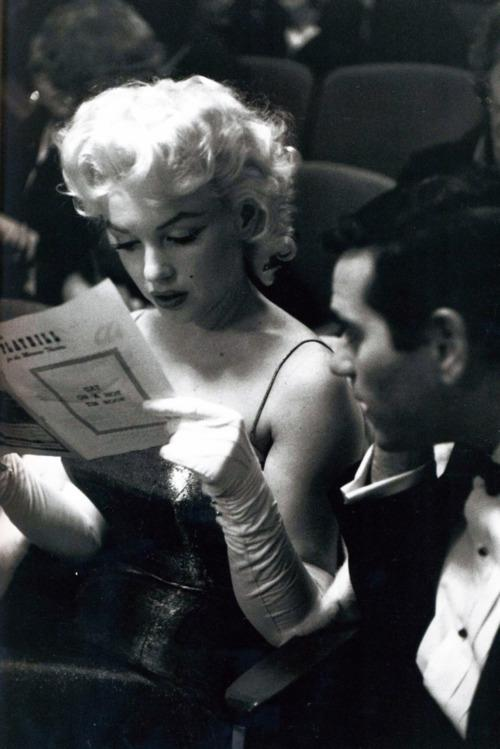 Marilyn, so glamour...