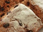 Pain irlandais raisins secs façon délcieuse rapide d'avoir pain frais dimanche matin
