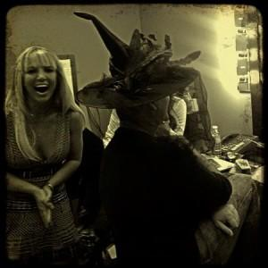 Photo : Britney et Simon dans les coulisses du Tonight Show