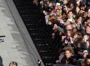 20.000 personnes pour Gangnam Style géant Trocadéro (vidéo)