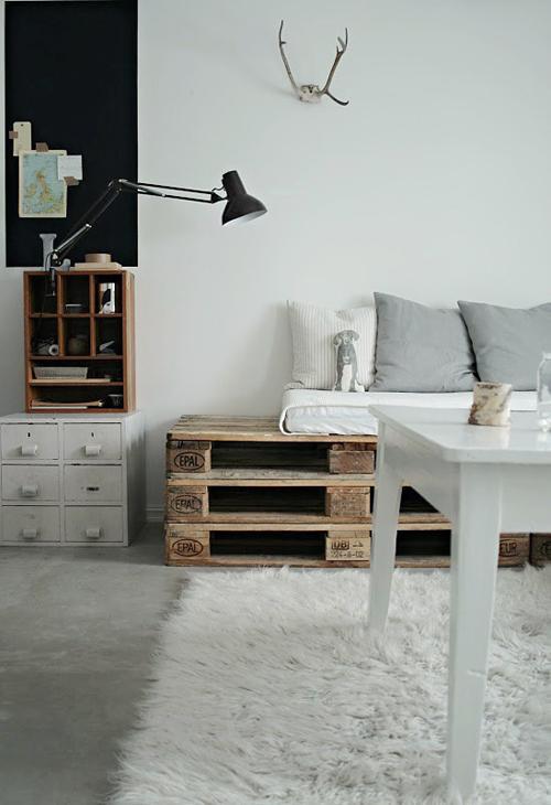 diy fabriquer vos meubles en palette paperblog. Black Bedroom Furniture Sets. Home Design Ideas