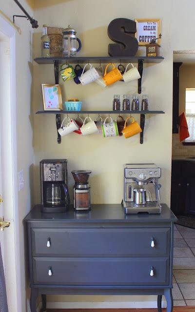 une commode dans la cuisine paperblog. Black Bedroom Furniture Sets. Home Design Ideas