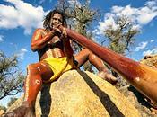 périple autour monde. phénomène aborigène