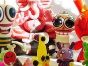 Toys, attention virus