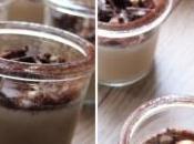 Panna cotta noisettes, éclats chocolat noir
