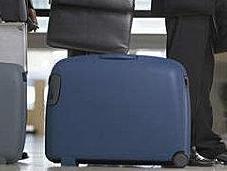 porte vêtements pour éviter payer surplus bagage