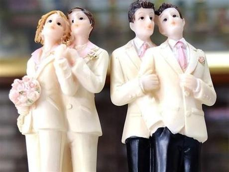 Bientôt le premier guide du mariage pour les couples gays et lesbiens !