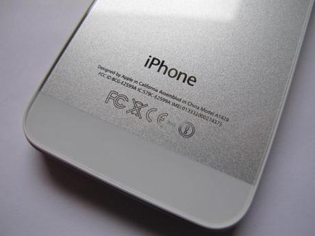 helpmiphone-backcover5-iPhone5 like.jpg