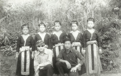 costumes traditionnels Laos