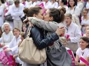 Mariage pour tous naissance d'une photo culte Marseille