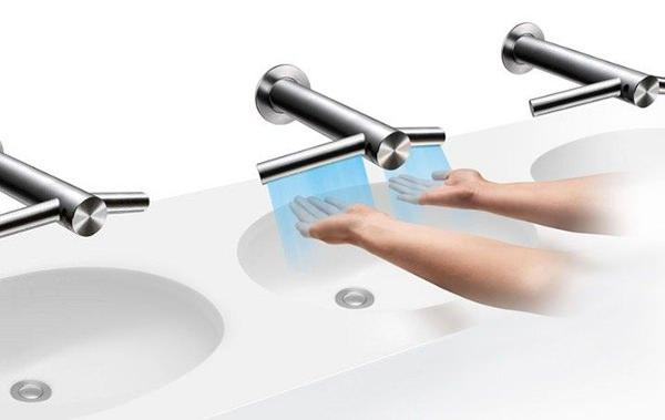 Design utile le Dyson Airblade Tap robinet intelligent