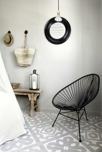 les carreaux de ciment envahissent toutes les pi ces de la maison voir. Black Bedroom Furniture Sets. Home Design Ideas