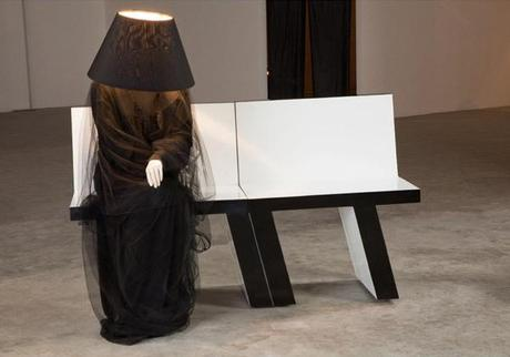 LifeSized-Mannequin-Lamps-Will-Scare-the-Crap-Out-Of-2