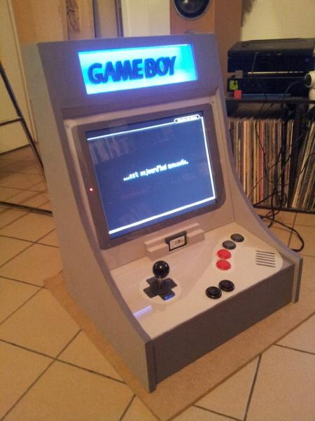 mini_borne_arcade_game_boy-1