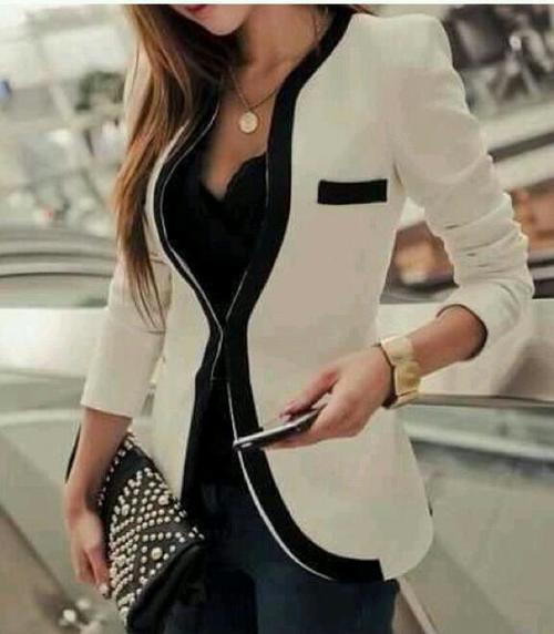 Veste noire avec bordure blanche