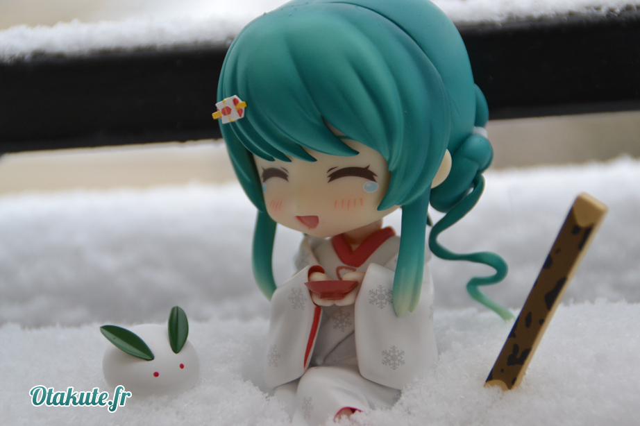 [Figurine - Review] Nendoroid Miku Snow 2013 Strawberry White Kimono Ver. by Good Smile Company