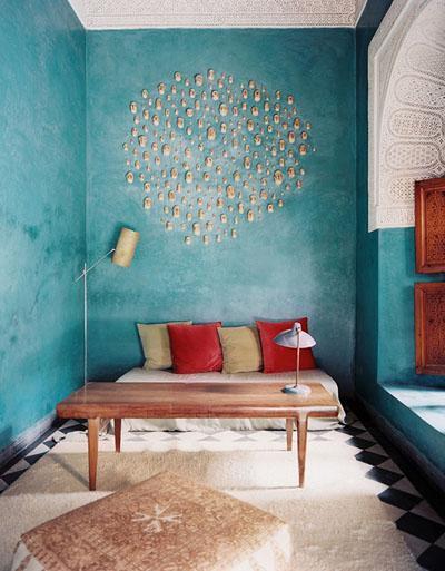 Osez une déco en couleurs : salon turquoise