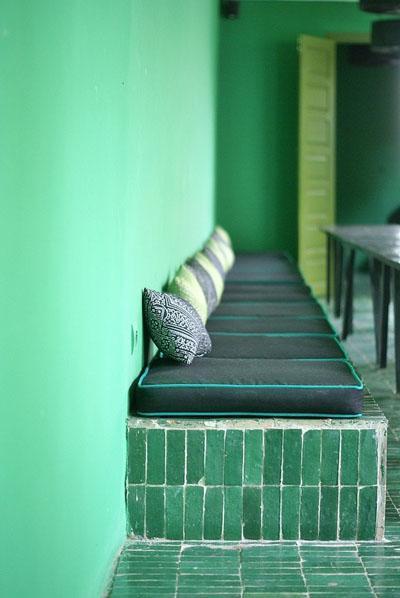 Osez une décoration en couleurs : ambiance marocaine ton vert