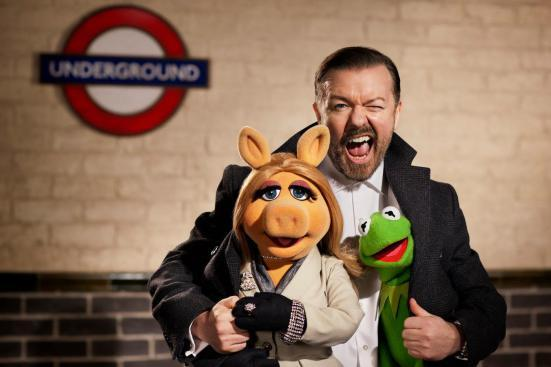 Ricky-Gervais-in-The-Muppets-...-Again