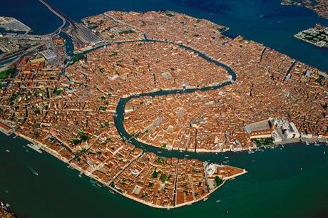 Yann Arthus Bertrand et la lagune de Venise