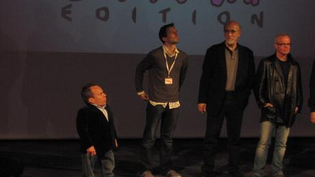 Warwick-Davis-Tony-Amendola et Gary Jones lors de l'inauguration