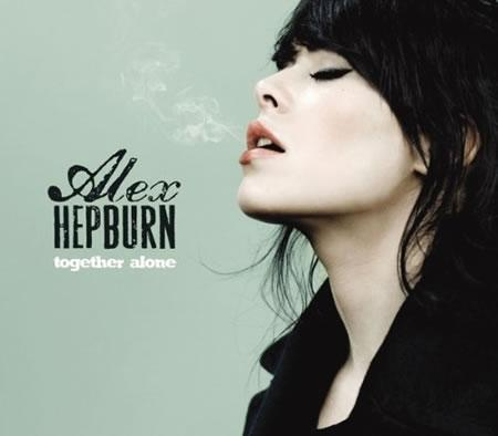 Alex Hepburn pochette (cover) de l'album Together Alone Photo © DR