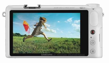 Samsung Smart Camera NX2000, un appareil photo intelligent ?