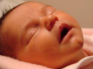 Que faire en cas de reflux du nourrisson?