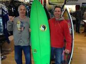 client jour C'est Cyril, premiers surfer planches plus ans! vient récupérer Town&Country; design Renaud Cardinal pour T&C), prêt attaquer gros swells. intrus s'est glissé phot...