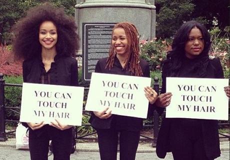 'YOU CAN TOUCH MY HAIR' UNE EXPO VIVANTE QUI PERMET A TOUS DE DECOUVRIR LE CHEVEU CREPU - interactive public art exhibit in New York