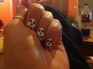The sunday nail battle : halloween