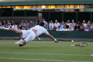 Nicolas Mahut plongeon Wimbledon 2010