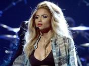 "Awards Ciara chanté nouveau single ""I'm Out"" avec Nicki Minaj"