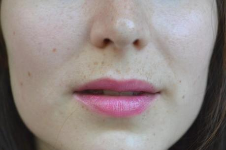 I wear pink. [Pout polish Sleek Makeup]