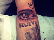 JUSTIN BIEBER nouveau tatouage Moms always watching