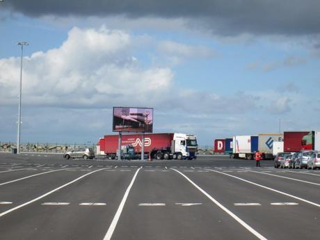 Port de Caen Ouistreham DataDisplay 1024x768 Linstallation du mois : Affichage dynamique dans le Port de Caen par DataDisplay