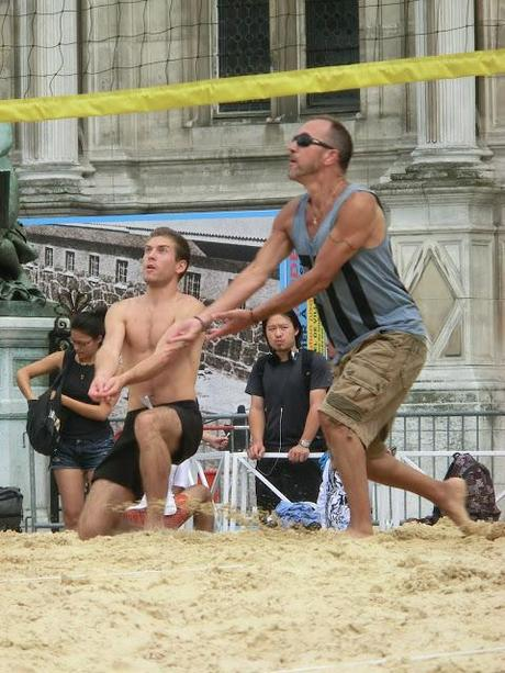 Retour du beach-volley à Paris-Plages