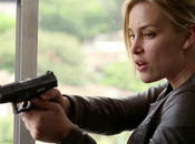 Critiques Séries Covert Affairs. Saison Episode Into White.