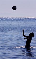 L'Amour dans ses Plus Beaux Habits/La Mer en Chien de Fusil