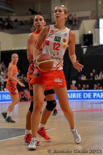 http://img.over-blog.com/333x500/0/12/26/16/2013/2013b/2013c/Pauline-LO--Perpignan--vs.-Bourges_Romain-CHAIB.jpg
