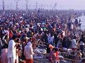 Kumbh Mela pélerinage taille surhumaine