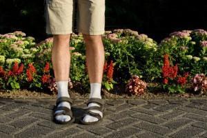 Chaussettes avec les sandales.