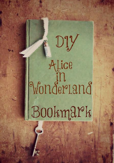 Alice bookmark5