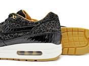 Nike Woven Black Leopard