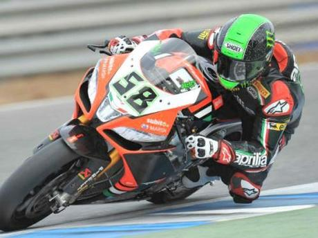 WSBK-2013-10-24-eugene_laverty_race1_jerez_2013.jpg