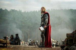 Thor-Le-Monde-des-tenebres-Photo-Chris-Hemsworth-03