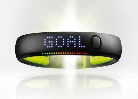Image nikeplus fuelband se 1 550x393   Nike+ FuelBand SE